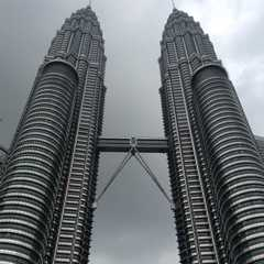 Petronas Twin Tower | Travel Photos, Ratings & Other Practical Information
