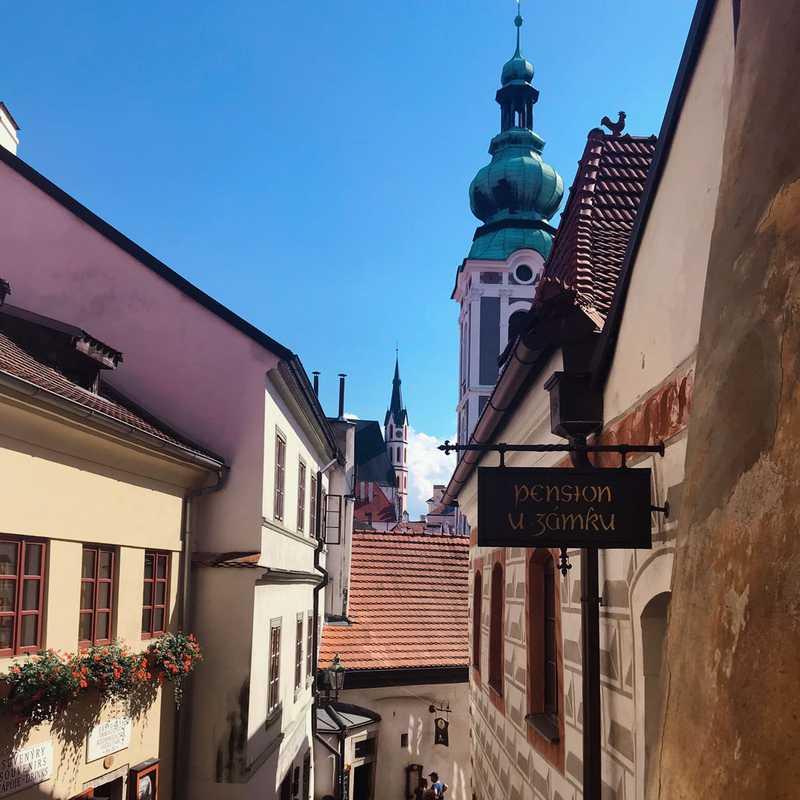 Český Krumlov 2020 | 3 days trip itinerary, map & gallery