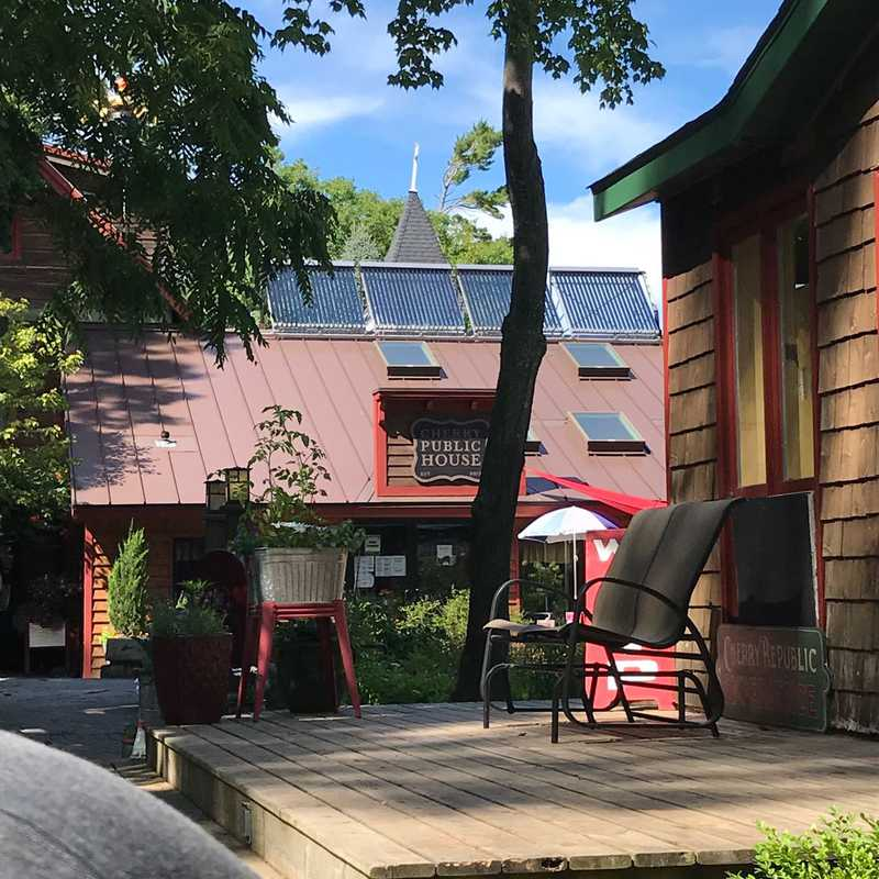 Cherry Public House | Glen Arbor