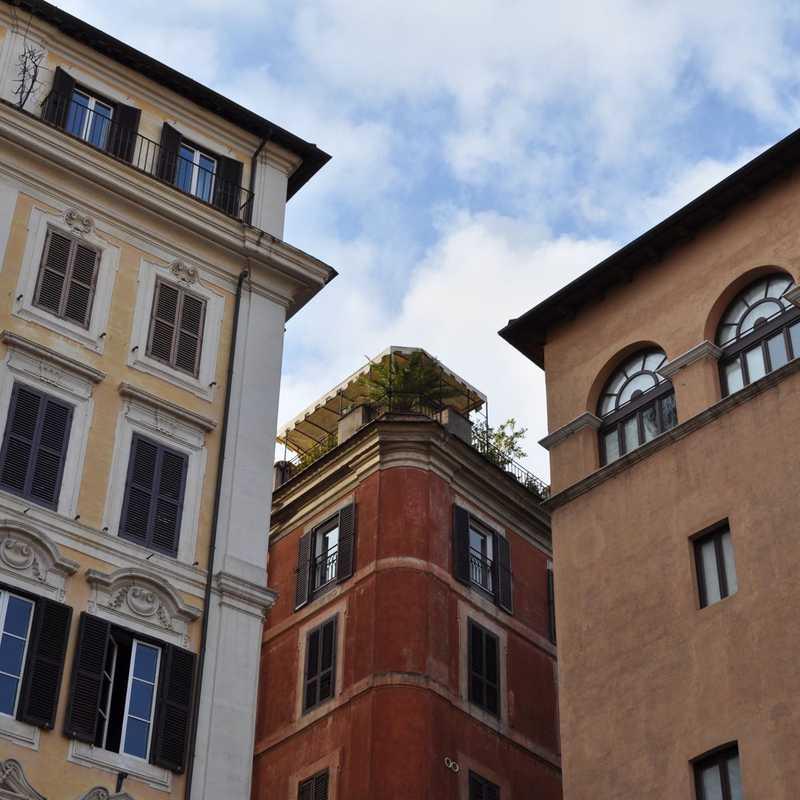 Piazza Capranica