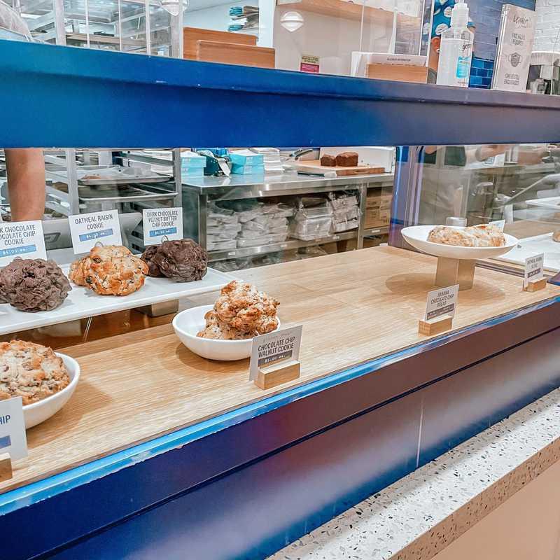 Levain Bakery - NoHo