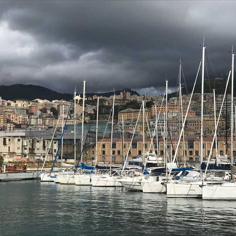 Trip Blog Post by @neneontheroad: Genoa, Liguria 🇮🇹 2020 | 1 day in Oct (itinerary, map & gallery)