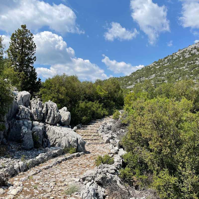 Akseki-Sarıhacılar Historical Caravan Trail