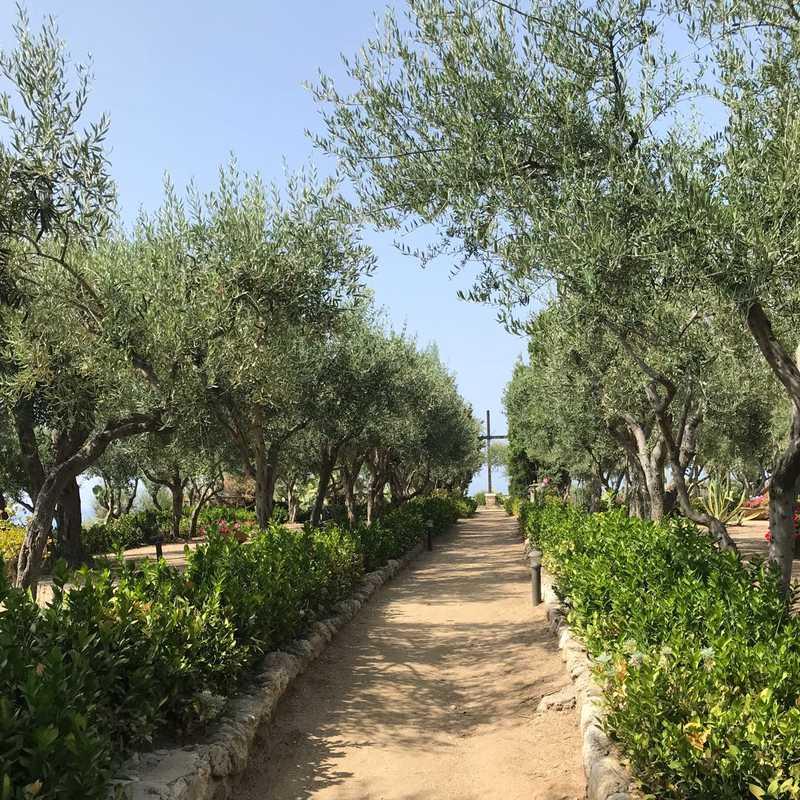 Santuario di Santa Maria dell'Isola di Tropea