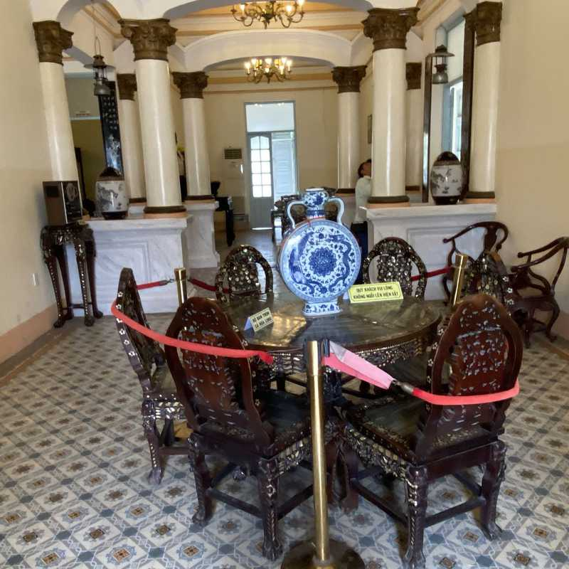 Nhà Hàng Khách Sạn Công Tử Bạc Liêu