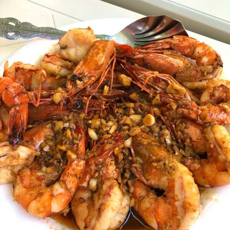 Endeqal Seafood Paluto and Souvenir Shop