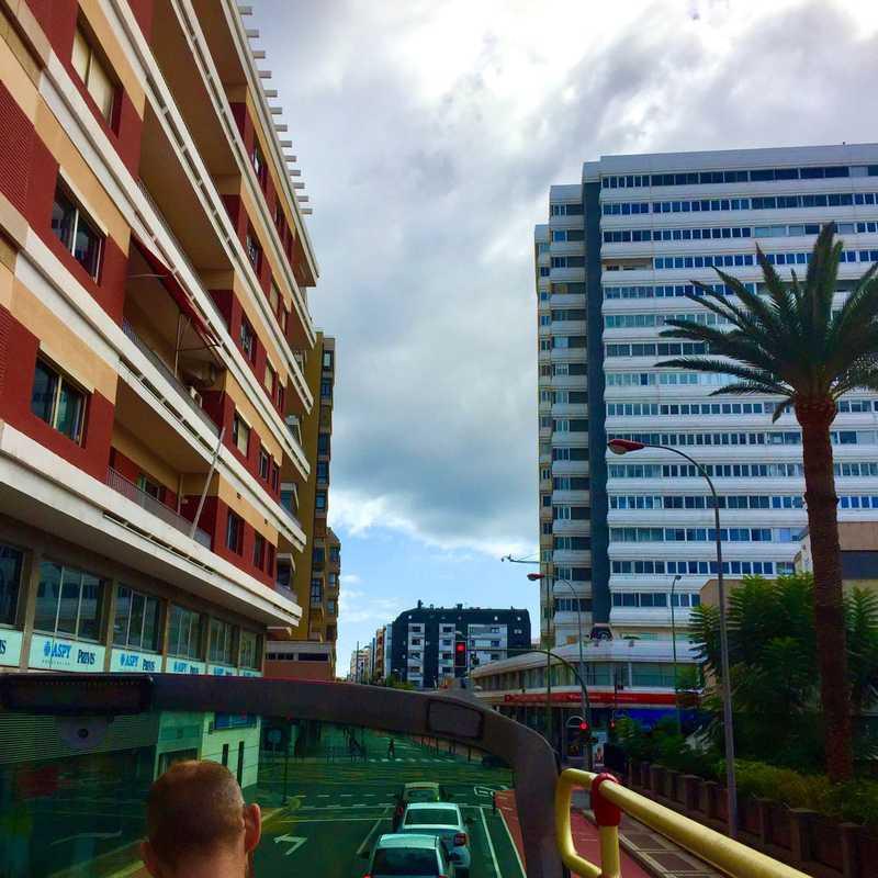 Calle León y Castillo, 213-207