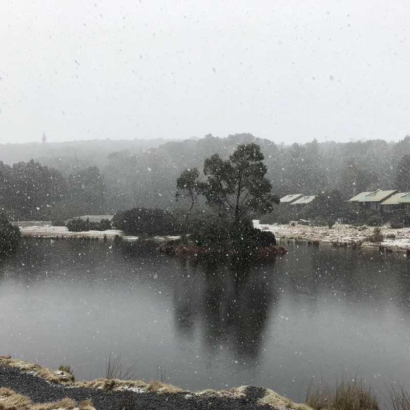 Dove Lake Boatshed