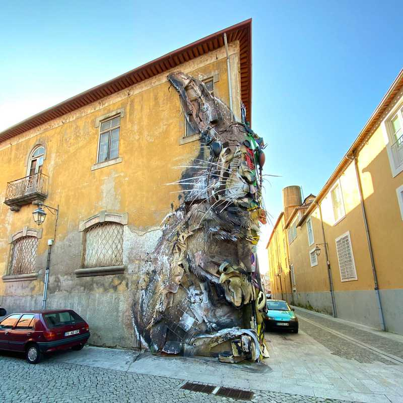 Bordalo II half rabbit
