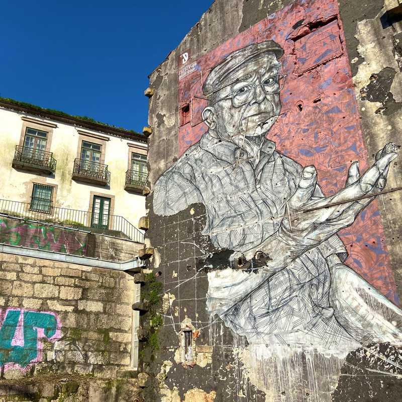 """Street art """"AN.FI.TRI.ÃO"""", de Frederico Draw"""