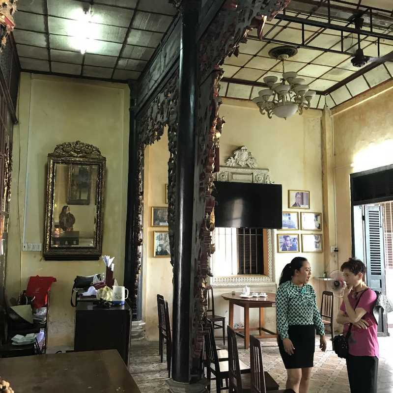 Huynh Thuy Le old house