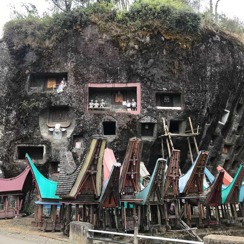 Lembang TONGA RIU, Lo'Ko MATA