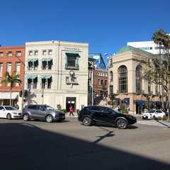 Rodeo Drive | POPULAR Trips, Photos, Ratings & Practical Information