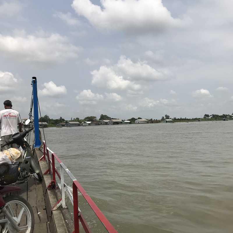 Bến đò Chàm Pha