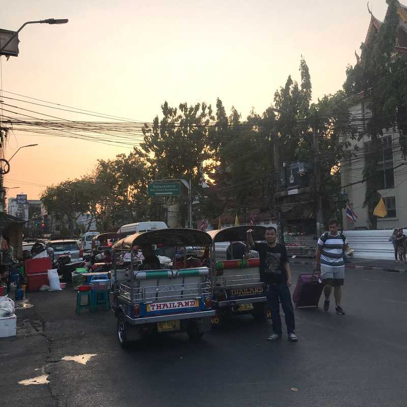 Place / Tourist Attraction: Khaosan Road (Phra Nakhon, Thailand)