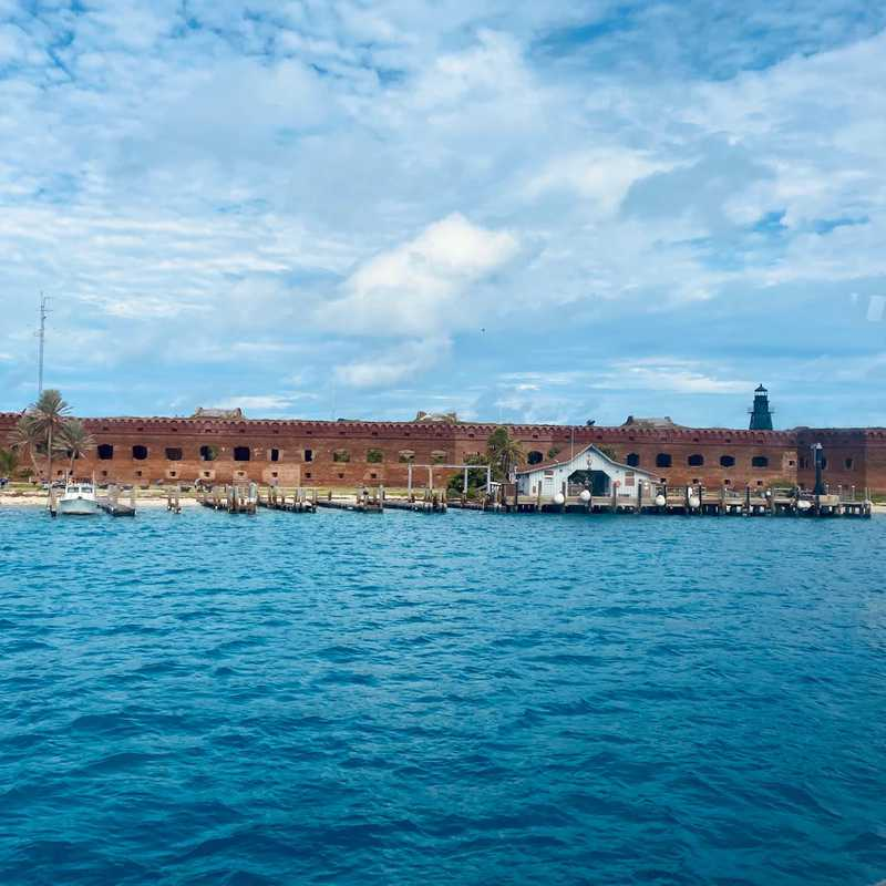 Trip Blog Post by @nomadicnoskers: Fort Jefferson & Dry Tortugas National Park FL 2021 | 1 day in Oct (itinerary, map & gallery)