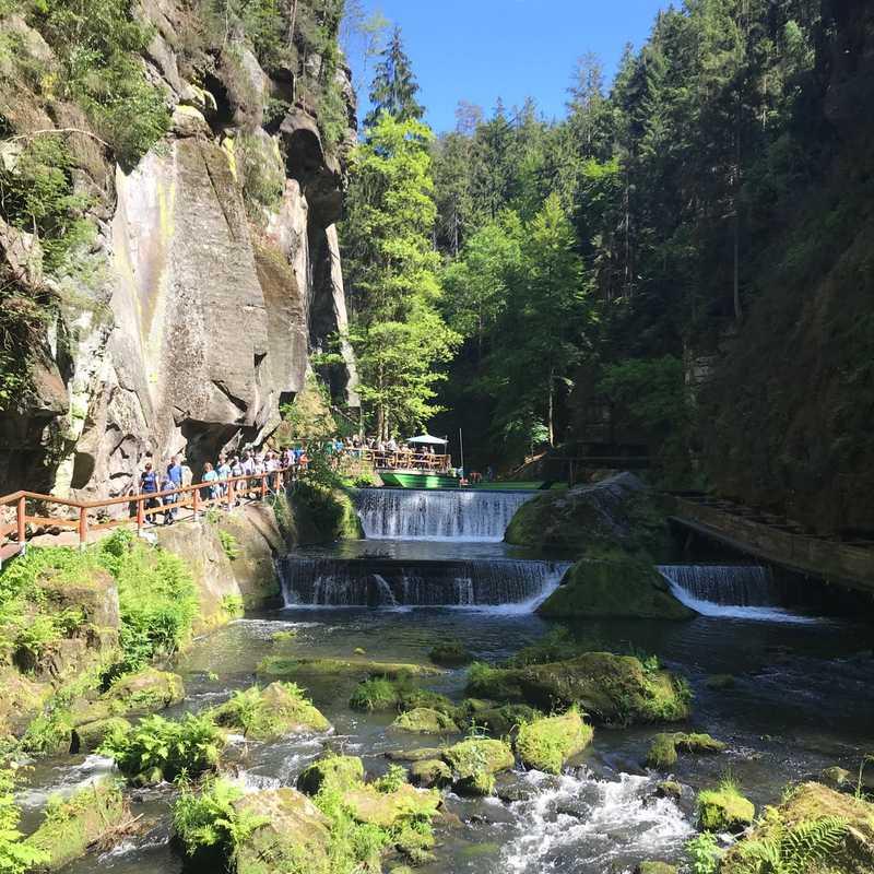 Trip Blog Post by @meenugurung8: Hřensko & Prague 2019 | 3 days in May/Jun (itinerary, map & gallery)