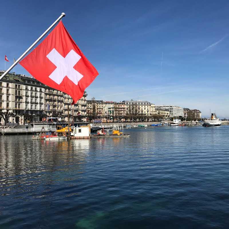 Trip Blog Post by @momo: Geneva, Lake Leman & Charmonix | 4 days in Mar (itinerary, map & gallery)