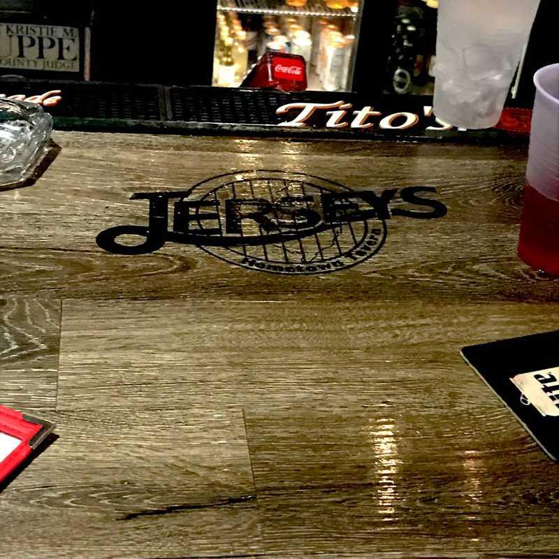 Jerseys Hometown Tavern