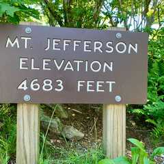Mount Jefferson State Natural Area - Photos by Real Travelers, Ratings, and Other Practical Information