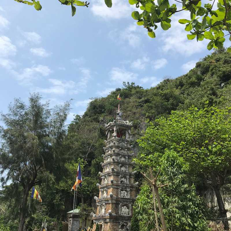 Non Nuoc Pagoda