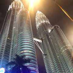 Petronas Twin Towers   Travel Photos, Ratings & Other Practical Information