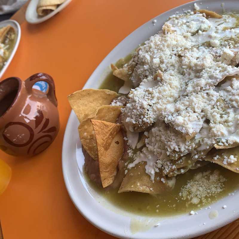 Place / Tourist Attraction: Restaurante Los Cochinitos (Chalco de Díaz Covarrubias, Mexico)