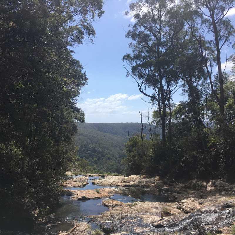 Purling Brook fallls