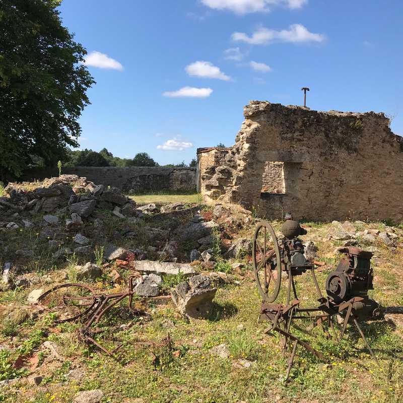 Center of Oradour sur Glane Memory