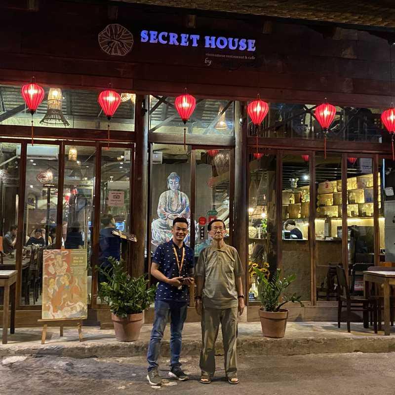 Secret Garden Restaurant