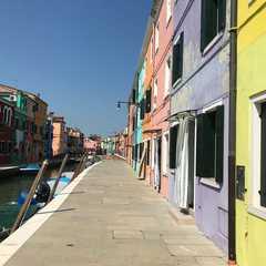 Burano   POPULAR Trips, Photos, Ratings & Practical Information