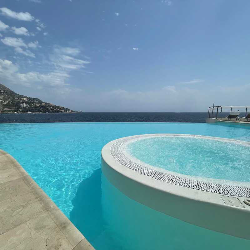 Spa and lunch at Cap Estel