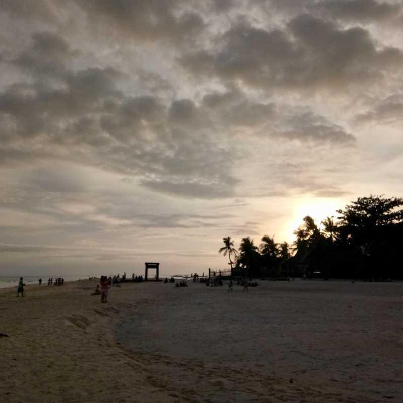 Besides Kota Beach Resort