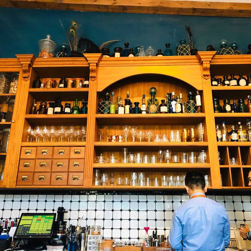 Featherstone Bistro Cafe & Lifestyle Shop