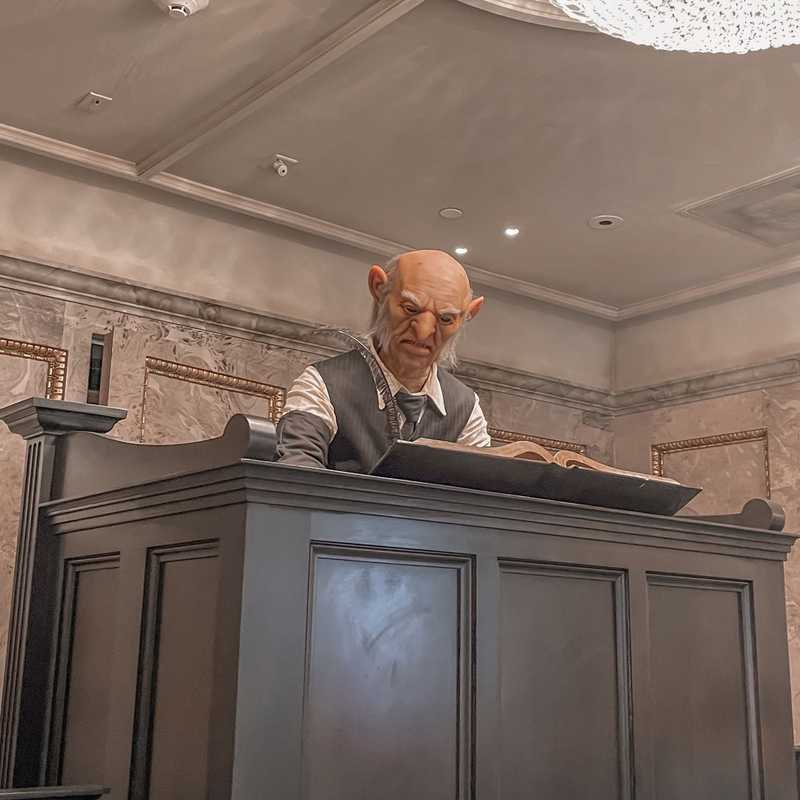 Harry Potter and the Escape from Gringotts™