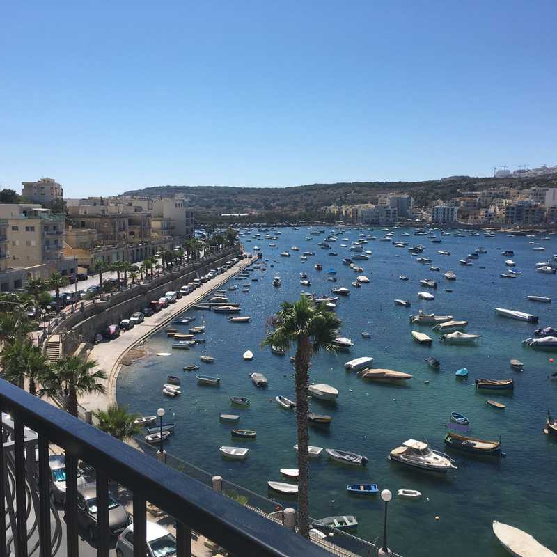Harbour Lights Seafront Holiday Apartments - St Paul's Bay - By GetawaysMalta