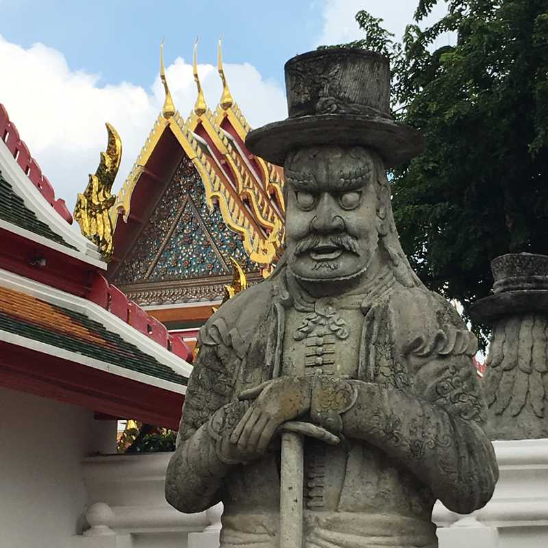Visit Wat Pho
