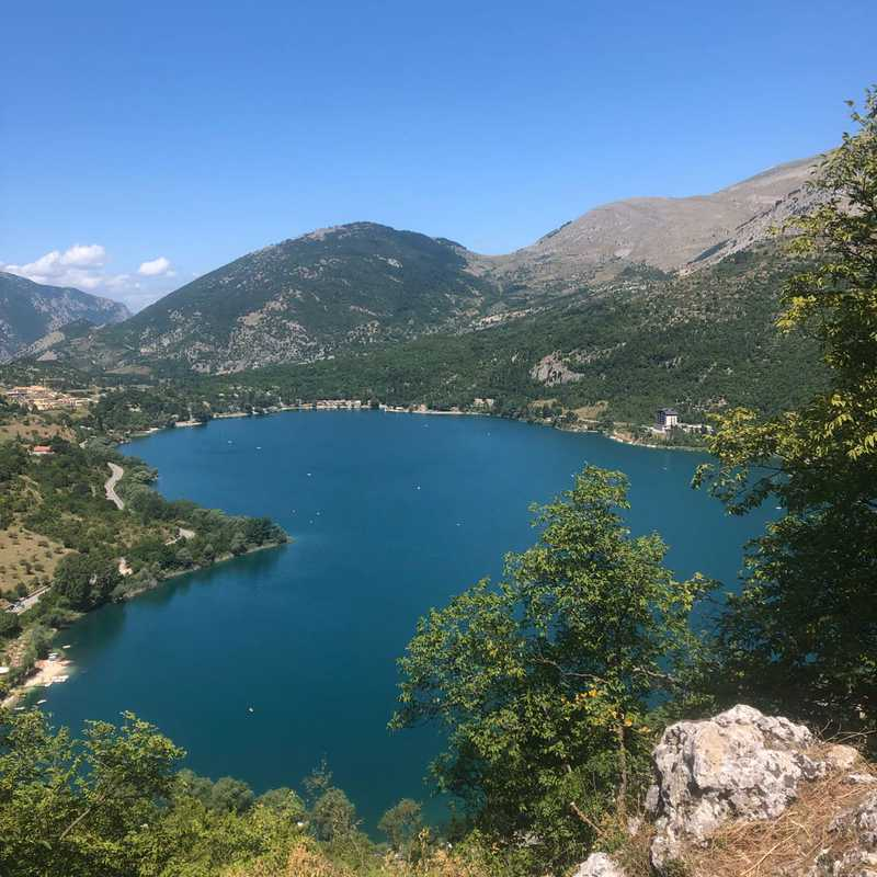Trip Blog Post by @michela_b: Lago di Scanno | 1 day in Aug (itinerary, map & gallery)