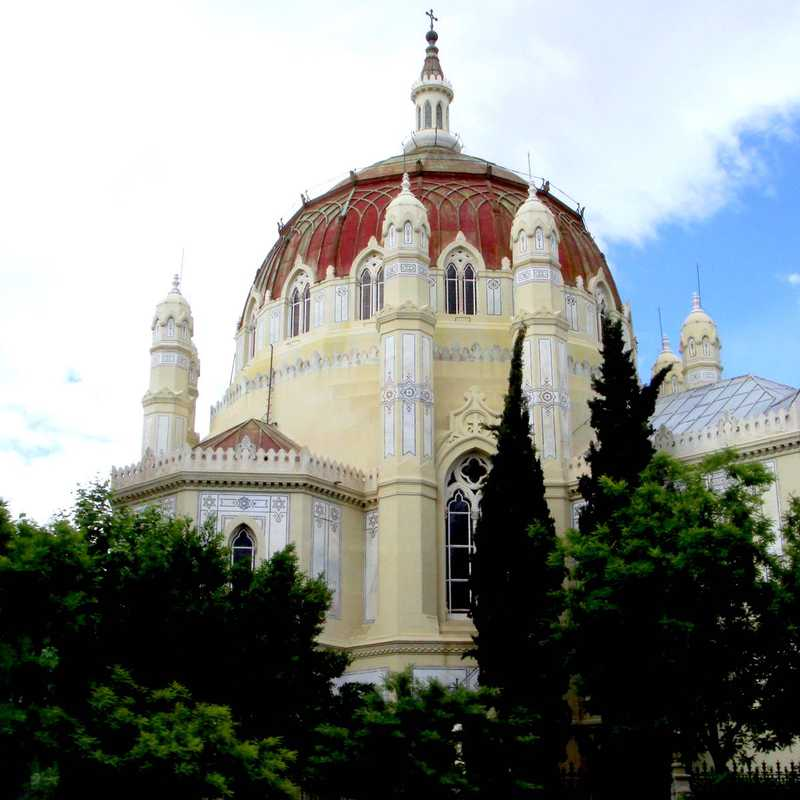Church of San Manuel y San Benito