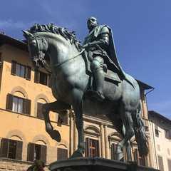 Piazza della Signoria   POPULAR Trips, Photos, Ratings & Practical Information