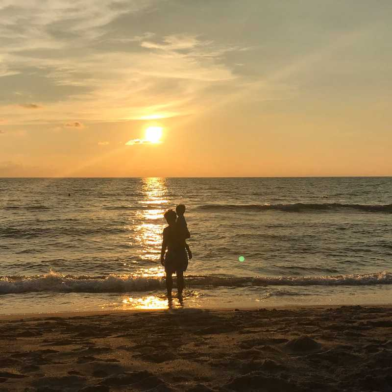 Liwliwa Shoreline