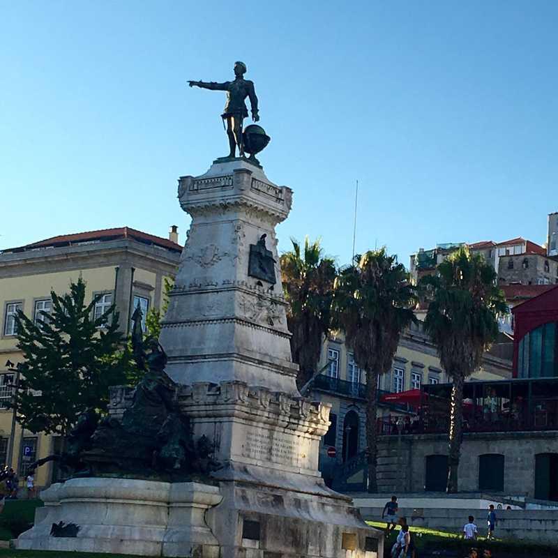 Monument Infante Dom Henrique