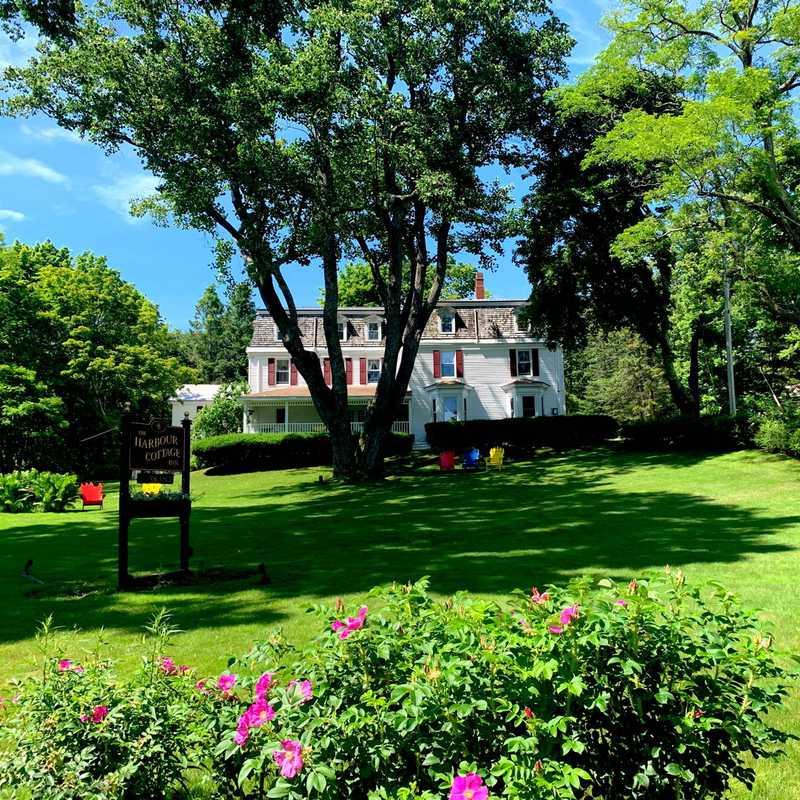 Harbour Cottage Inn