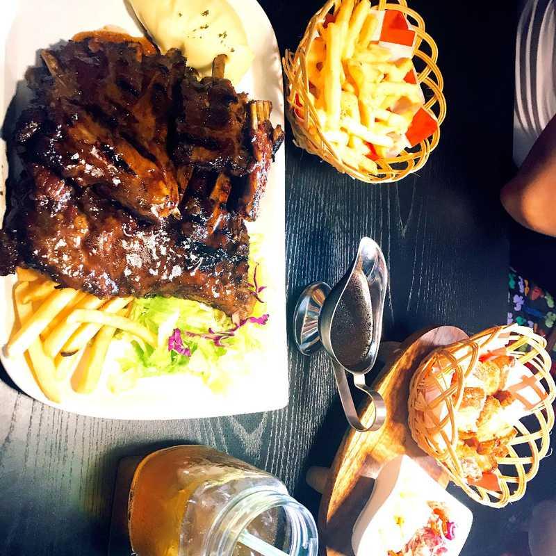 OZT Cafe Steak & Ribs Kuta - Bali