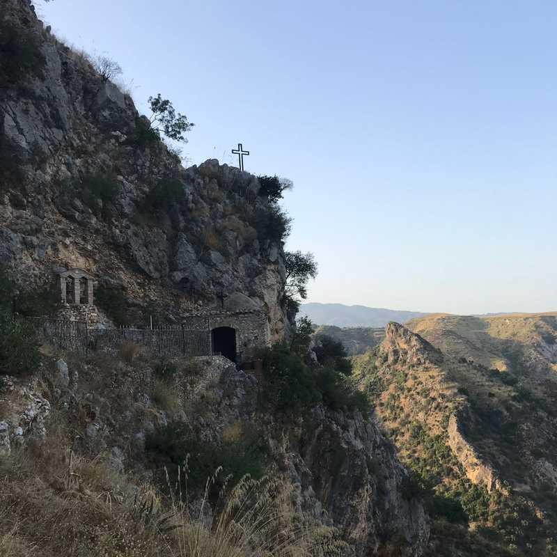 Grotta della Madonna della Pastorella