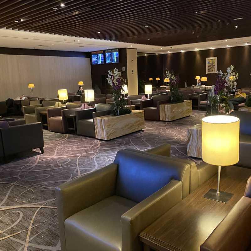Silver Krisflyer Lounge, Changi Airport T2