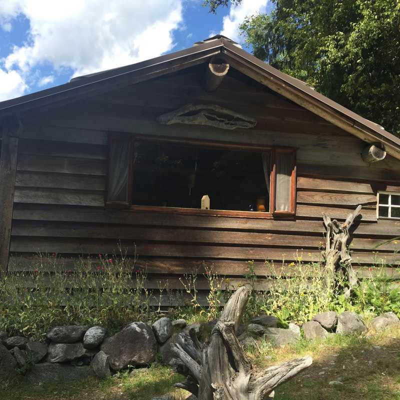 Lillooet Lake Lodge