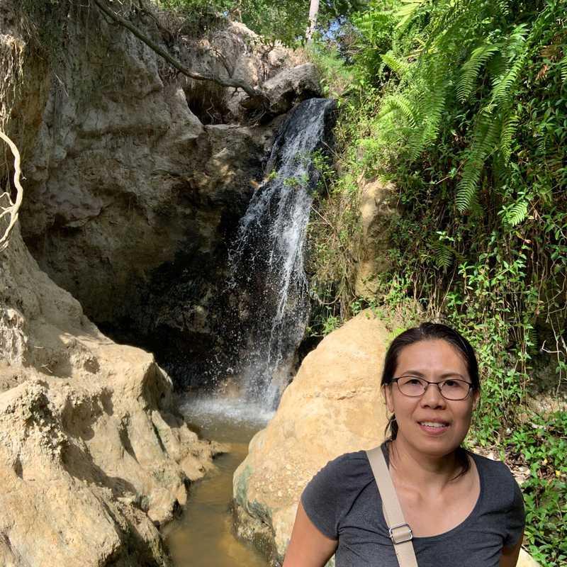 Nha nghi Fairy Stream 57 Huynh Thuc Khang