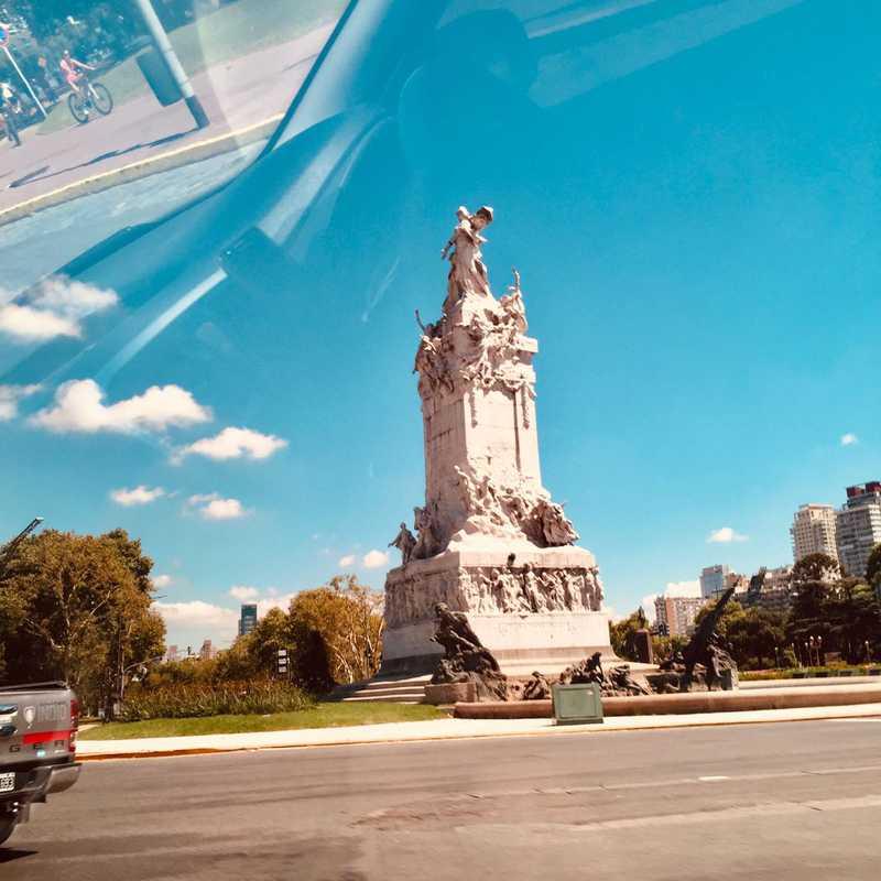 Monumento a La Carta Magna y las Cuatro Regiones Argentinas