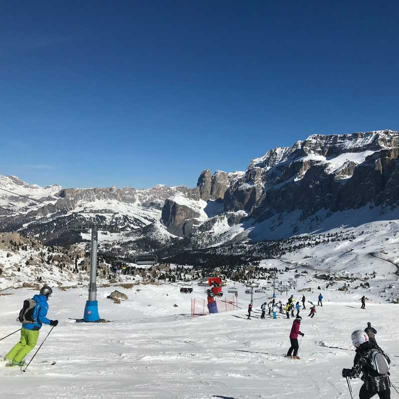 Trip Blog Post by @emily.hughes3304: skiing Italy 2019 | 6 days in Feb (itinerary, map & gallery)
